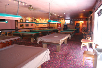Eddie's Pizza: Calssic Billards Inside